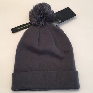 reputable site a9d52 796cf Nike Accessories - New NIKE Unisex Removable Pom Knit Beanie Hat